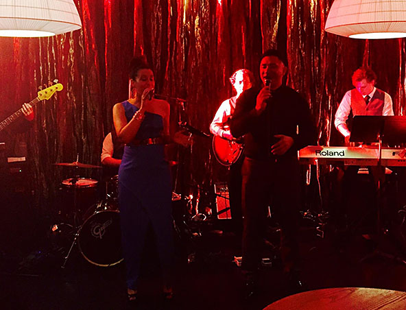 Heatwave Cover Band Melbourne - Singers Musicians Entertainers