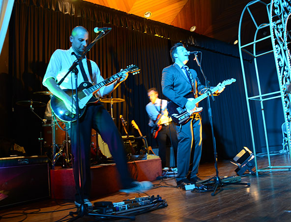 Fused Cover Band Melbourne - Singers Entertainers
